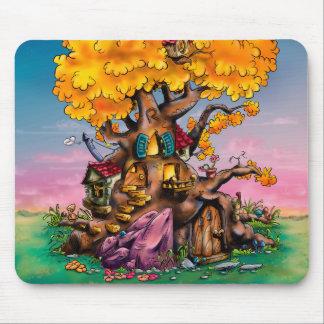 Cojín de ratón de la casa del árbol del dibujo alfombrilla de ratones