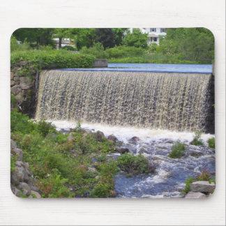 Cojín de ratón de la cascada de Grafton Alfombrillas De Raton