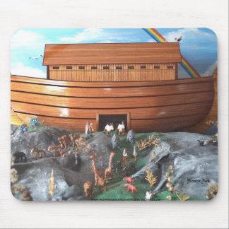 Cojín de ratón de la diorama de la arca de Noahs Tapete De Raton