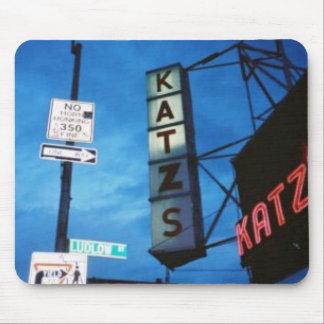 Cojín de ratón de la tienda de delicatessen de Kat Alfombrillas De Ratones