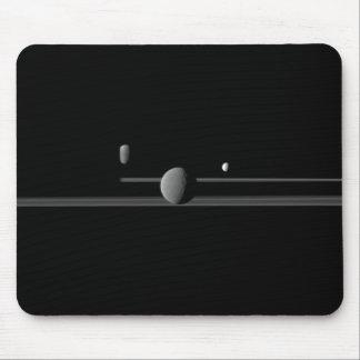 Cojín de ratón de las lunas de Saturn Alfombrillas De Raton