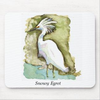 Cojín de ratón del Egret nevado Tapete De Ratón