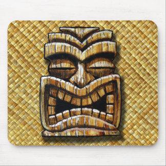Cojín de ratón del hombre de Tiki de TikiTrey Alfombrilla De Ratón