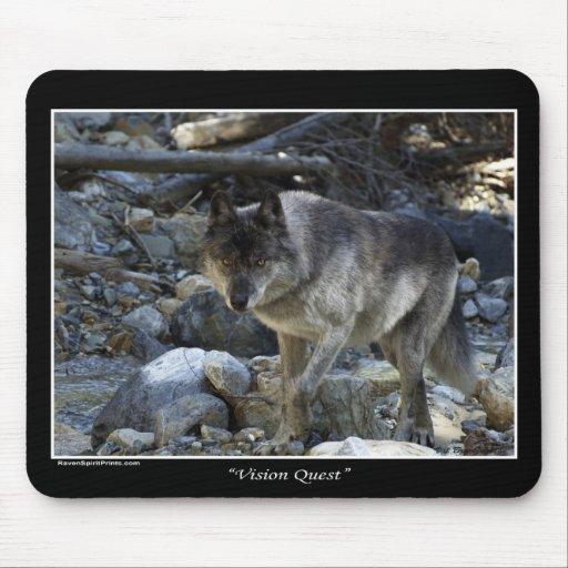 """""""Cojín de ratón del lobo gris de la búsqueda de Vi Alfombrillas De Ratón"""