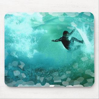 Cojín de ratón del Wipeout que practica surf Alfombrilla De Ratones