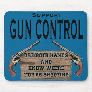 Cojín de ratón divertido del control de armas #1 mouse pad