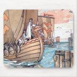 Cojín de ratón estonio del barco de Viking Tapete De Ratón