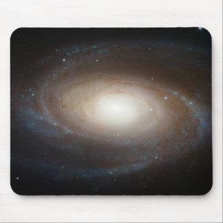Cojín de ratón magnífico de la galaxia espiral M81 Tapete De Raton