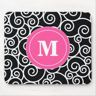 Cojín de ratón negro rosado del monograma del alfombrillas de ratón