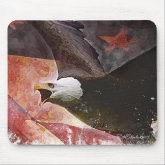 Cojín de ratón patriótico de Eagle del vuelo Mouse Pads