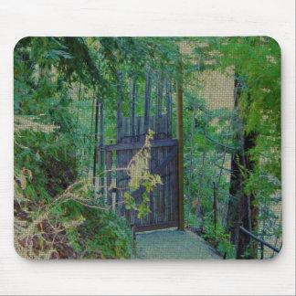 Cojín de ratón - puerta de bambú en jardín del bos mousepad