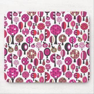 Cojín de ratón retro rosado lindo de los árboles y mouse pad
