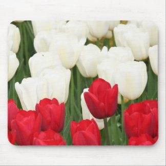 Cojín de ratón rojo y blanco de los tulipanes tapete de ratones