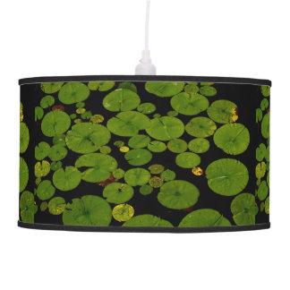 Cojines de lirio verdes claros lámpara de techo
