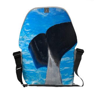 Cola de una bolsa de mensajero de la ballena bolsa de mensajería
