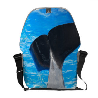 Cola de una bolsa de mensajero de la ballena bolsas messenger