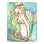Cola del arco iris de la postal de la sirena por M