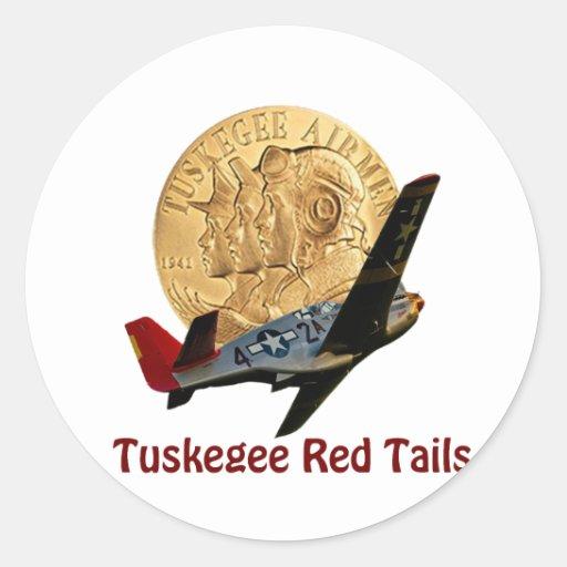 Cola del rojo de Tuskegee Pegatina Redonda