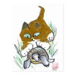 Colas de la tortuga y del gatito tarjetas postales