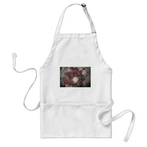 Colección brillante del rosa blanco delantal