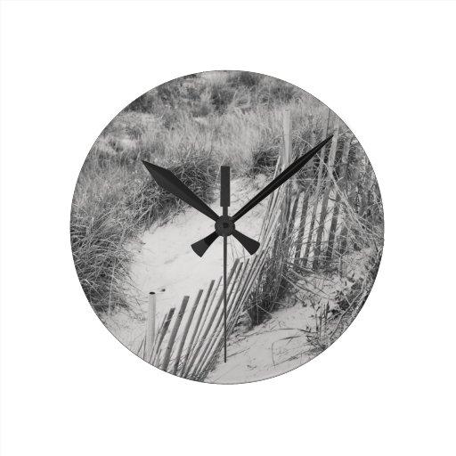 """Colección de la """"cerca y de las dunas"""" relojes de pared"""