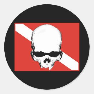 Colección de los buceadores del cráneo etiquetas