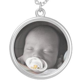 Colección de Maddox del bebé: Collar