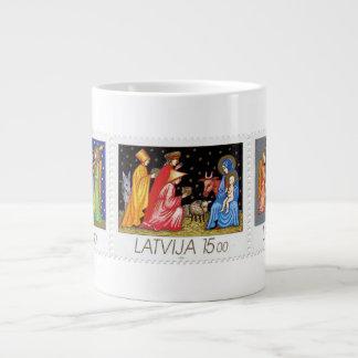 Colección de sello del navidad de Latvija - taza e