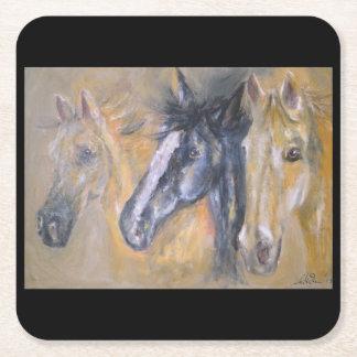 Colección del caballo - práctico de costa de tres posavasos desechable cuadrado