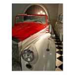 Colección del coche en la fundación de Liberace y Postales