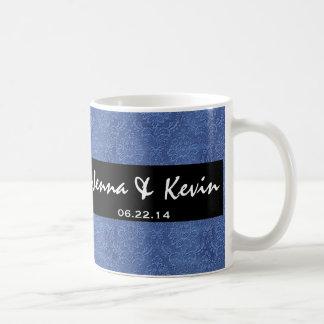 Colección del damasco del boda del azul francés taza
