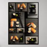 Colección del sushi en fondo negro póster