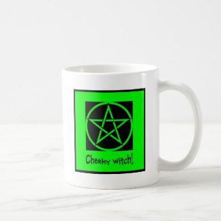 Colección fresca del verde de la bruja taza