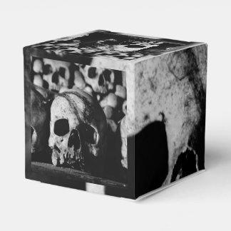 Colección humana del cráneo cajas para detalles de boda