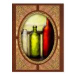 Colector - botellas - todavía vida de tres botella postal