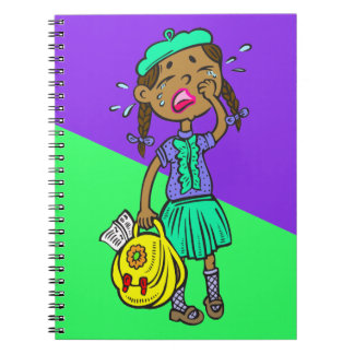 Colegiala gritadora cuadernos