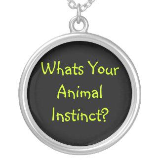 Colgante animal del collar del instinto