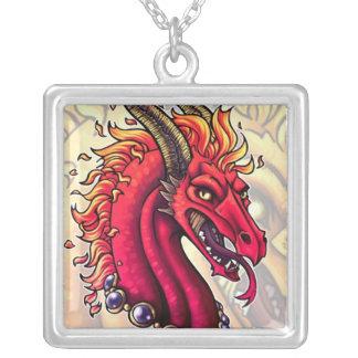 Colgante carmesí del dragón del fuego