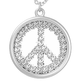 Colgante con símbolo de la paz en diamantes