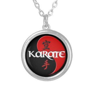 Colgante de Yin Yang del karate