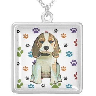 Colgante del perrito del beagle