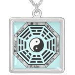 Colgante del símbolo de Yin-Yang de los Trigrams d