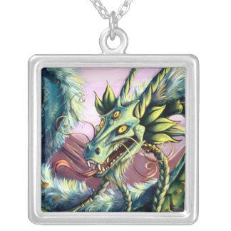 Colgante esmeralda del dragón del cielo