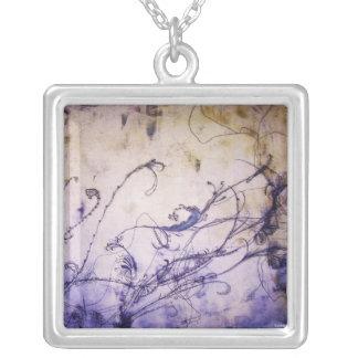 """""""Colgante floral púrpura """" Colgante Cuadrado"""
