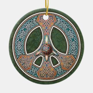 Colgante/ornamento del signo de la paz de Knotwork Adorno Navideño Redondo De Cerámica