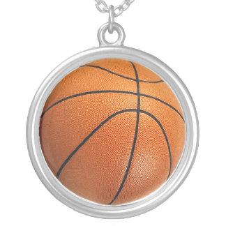 Colgante y cadena del baloncesto