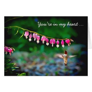 Colibrí de los corazones sangrantes en mi corazón tarjeta pequeña