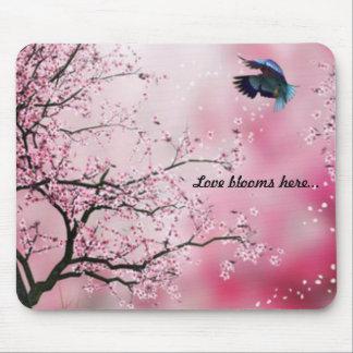 Colibrí Mousepad de la flor de cerezo Alfombrillas De Ratón