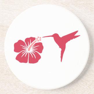 Colibrí rojo del hibisco posavasos personalizados