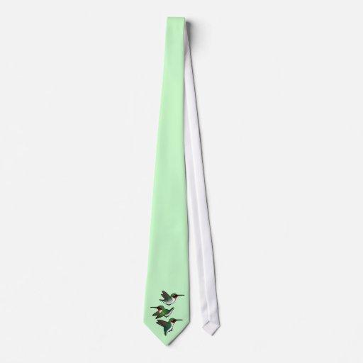 Colibrí Rubí-throated que vuela Corbatas Personalizadas